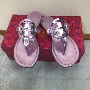 Tory Burch Miller Mirror Metallic Rosa sandal 7.5